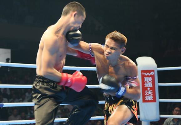 史上首次太极拳PK泰拳 擂台记录猛锐敏捷