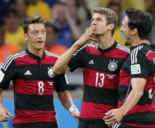 巴西vs德国直播视频录像 世界杯半决赛(7.9)_拳