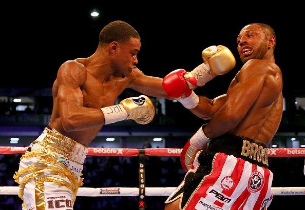 小斯彭斯击倒布洛克成为了新拳王