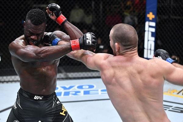 UFC格斗之夜:霍尔 VS 斯特里克兰赛事综述
